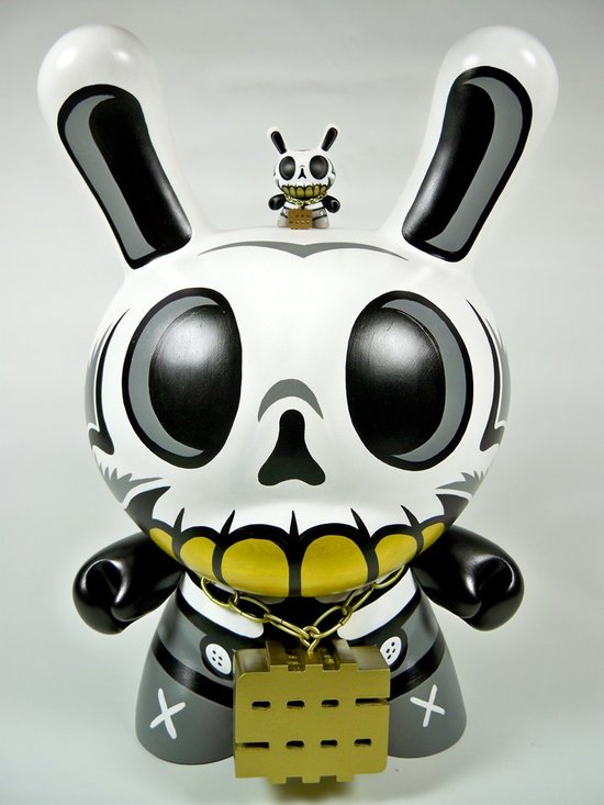 "Modern Hero 20"" Custom Dunny by MAD"
