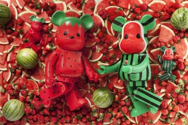 CLOT-x-Levis-x-Medicom-Toy-1000-Strawberry-Watermelon-Bearbricks-01