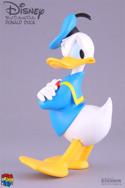 Disney-x-MedicomToy-x-Sideshow-Collectibles-Donald-Duck-VCD-02