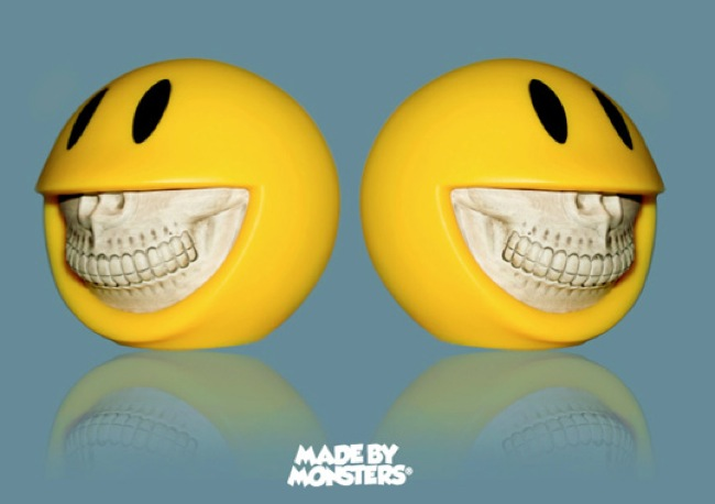 made-by-monsters-ron-english-piggy-bank-1