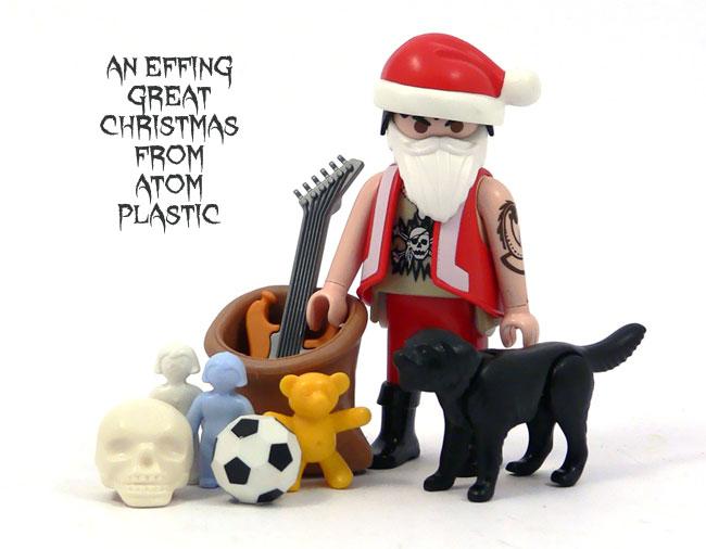 atom-plastic-christmas-2011-1