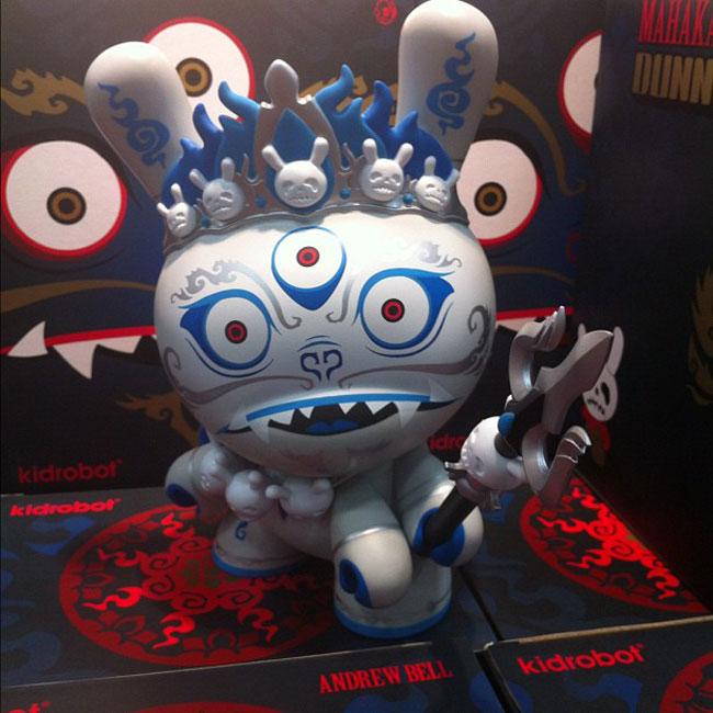 sdcc-2012-kidrobot-makahala-dunny