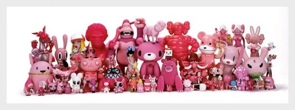 daniel-geo-fuchs-toy-giants-exhibition2-600x224