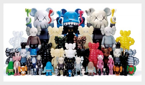 daniel-geo-fuchs-toy-giants-exhibition7-600x352