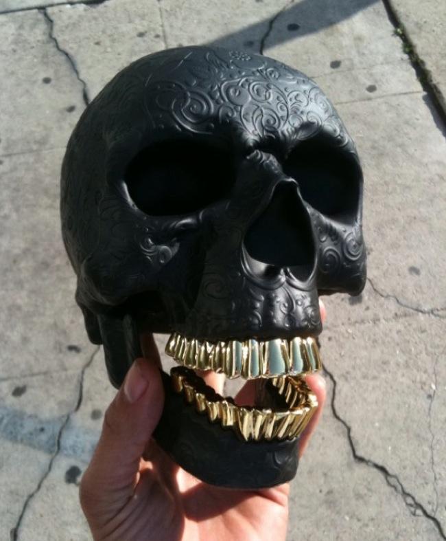 ssur-kidrobot-skull-preview-2