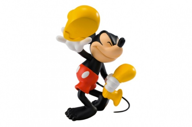 MedicomToy-x-Disney-Shoeless-Mickey-Mouse