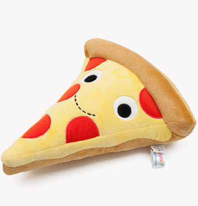 Heidi-Kenney-x-Kidrobot-Yummy-Pizza-Plush-02