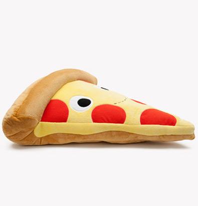 Heidi-Kenney-x-Kidrobot-Yummy-Pizza-Plush-04