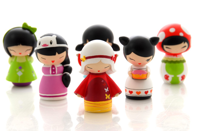 momiji-heroes-dolls-group