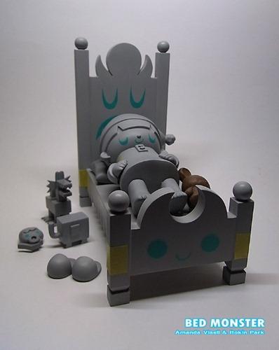 Amanda-Visell-x-Itokin-Park-Bed-Monster-4