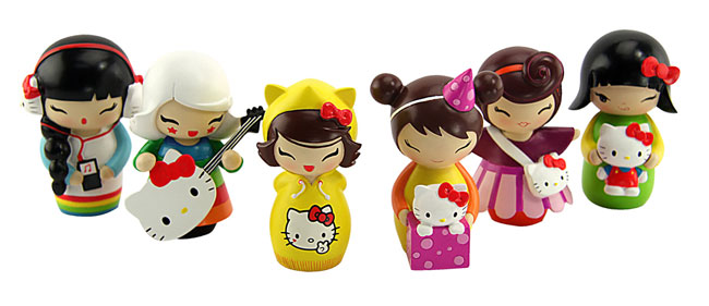 momiji-x-hello-kitty-dolls